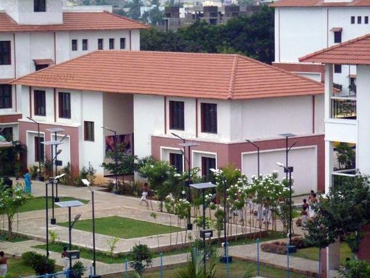 Sri Kanchi Mahaswami Vidhya Mandir - cover