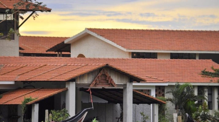 Isha Home School - cover