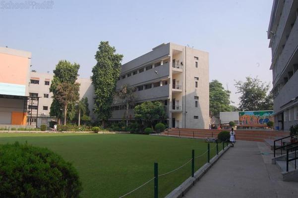 Bal Bharati School Ganga Ram Hospital Marg - cover