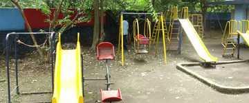04_arunodaya_school_play_equipments.jpg